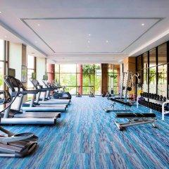 Отель Pullman Pattaya Hotel G Таиланд, Паттайя - 9 отзывов об отеле, цены и фото номеров - забронировать отель Pullman Pattaya Hotel G онлайн фитнесс-зал