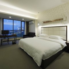 Отель Xiamen Jinglong Hotel Китай, Сямынь - отзывы, цены и фото номеров - забронировать отель Xiamen Jinglong Hotel онлайн комната для гостей фото 2