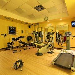 Отель Holiday Inn Belgrade фитнесс-зал фото 3