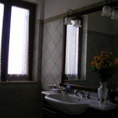 Отель La Piccola Quercia Италия, Стронконе - отзывы, цены и фото номеров - забронировать отель La Piccola Quercia онлайн ванная