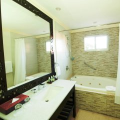 Отель Jewel Paradise Cove Adult Beach Resort & Spa ванная фото 2