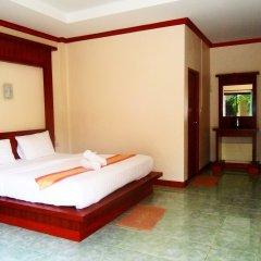 Отель Lanta Riviera Resort сейф в номере