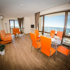 Отель Апарт-Отель Premier Fort Beach Болгария, Свети Влас - отзывы, цены и фото номеров - забронировать отель Апарт-Отель Premier Fort Beach онлайн комната для гостей фото 2