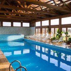 Отель Seven Seasons Hotel Болгария, Банско - отзывы, цены и фото номеров - забронировать отель Seven Seasons Hotel онлайн бассейн фото 3