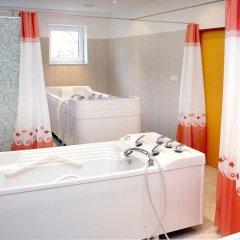 Отель Hubert Чехия, Франтишкови-Лазне - отзывы, цены и фото номеров - забронировать отель Hubert онлайн ванная фото 2
