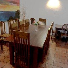 Отель Araliya Villa Fort питание