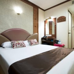 Hotel 81 Orchid комната для гостей