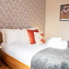 Отель Charming 2-bedroom apt in the Heart of West End Глазго комната для гостей фото 3