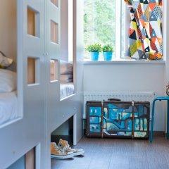 Хостел Graffiti L Кровать в мужском общем номере с двухъярусной кроватью фото 8