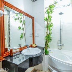 Отель Nhi Nhi Хойан ванная