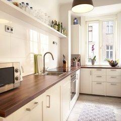 Апартаменты Operastreet.Com Apartments в номере фото 2