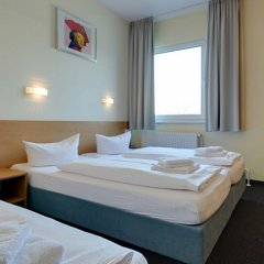 Отель Familienhotel Citylight Berlin Германия, Берлин - отзывы, цены и фото номеров - забронировать отель Familienhotel Citylight Berlin онлайн сейф в номере