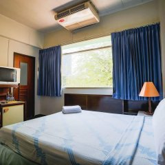 Отель Ruamchitt Travelodge Бангкок комната для гостей фото 4