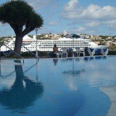 Hotel Artiem Carlos III бассейн