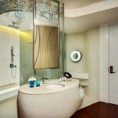 Отель Baraquda Pattaya - MGallery by Sofitel Таиланд, Паттайя - 3 отзыва об отеле, цены и фото номеров - забронировать отель Baraquda Pattaya - MGallery by Sofitel онлайн ванная фото 2