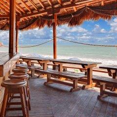 Отель Ramada Resort Mazatlan пляж