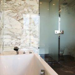 Отель Luxury Apartments MONDRIAN Market Square Польша, Варшава - отзывы, цены и фото номеров - забронировать отель Luxury Apartments MONDRIAN Market Square онлайн ванная