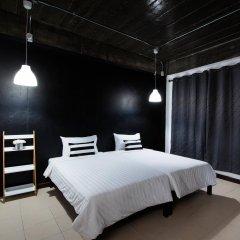 Отель Hi Karon Beach Dormtel комната для гостей фото 4