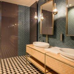 Отель Exe Almada Porto Порту ванная
