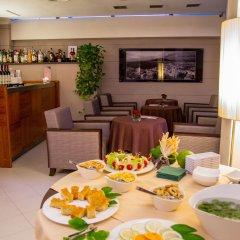Отель Forum Италия, Помпеи - 1 отзыв об отеле, цены и фото номеров - забронировать отель Forum онлайн питание фото 3