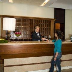Отель Terme Milano Италия, Абано-Терме - 1 отзыв об отеле, цены и фото номеров - забронировать отель Terme Milano онлайн интерьер отеля фото 3