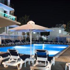 Mandali Hotel Apartments бассейн