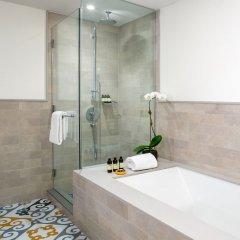 Отель Indigo Lower East Side New York, an IHG Hotel США, Нью-Йорк - отзывы, цены и фото номеров - забронировать отель Indigo Lower East Side New York, an IHG Hotel онлайн ванная фото 2