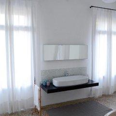 Отель B&B Giardino Jappelli (Villa Ca' Minotto) Италия, Роза - отзывы, цены и фото номеров - забронировать отель B&B Giardino Jappelli (Villa Ca' Minotto) онлайн ванная