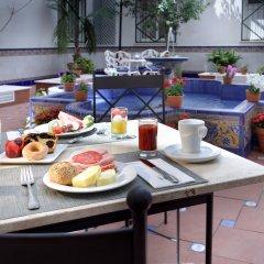 Отель Eurostars Regina Испания, Севилья - 1 отзыв об отеле, цены и фото номеров - забронировать отель Eurostars Regina онлайн питание