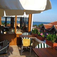 Berce Hotel Стамбул бассейн