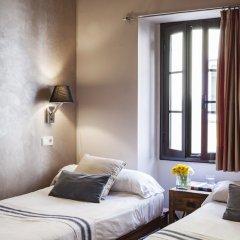 Отель AinB Las Ramblas-Guardia Apartments Испания, Барселона - 1 отзыв об отеле, цены и фото номеров - забронировать отель AinB Las Ramblas-Guardia Apartments онлайн комната для гостей фото 11