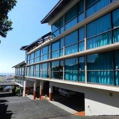 Отель Tahiti Airport Motel Французская Полинезия, Фааа - 1 отзыв об отеле, цены и фото номеров - забронировать отель Tahiti Airport Motel онлайн парковка
