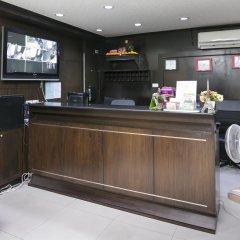 Отель Everest Boutique 8 Inn Бангкок интерьер отеля фото 3