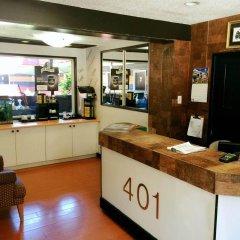 Отель 401 Inn Канада, Бурнаби - отзывы, цены и фото номеров - забронировать отель 401 Inn онлайн питание