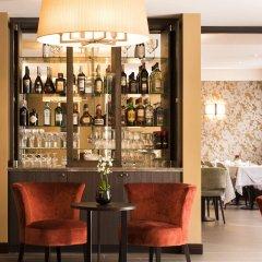 Отель Aragon Hotel Бельгия, Брюгге - 4 отзыва об отеле, цены и фото номеров - забронировать отель Aragon Hotel онлайн гостиничный бар