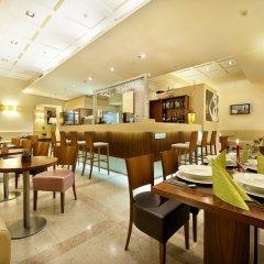 Отель Sovereign Прага гостиничный бар