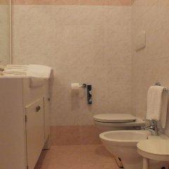 Отель alla Posta 1870 Италия, Региональный парк Colli Euganei - отзывы, цены и фото номеров - забронировать отель alla Posta 1870 онлайн ванная