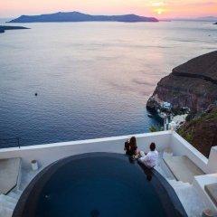 Отель Porto Fira Suites Греция, Остров Санторини - отзывы, цены и фото номеров - забронировать отель Porto Fira Suites онлайн пляж фото 2