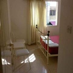 Отель Paphos Inn Hostel Кипр, Пафос - отзывы, цены и фото номеров - забронировать отель Paphos Inn Hostel онлайн комната для гостей фото 4