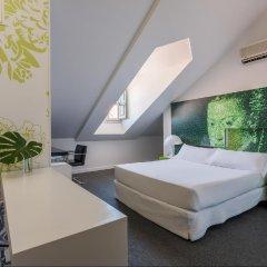 Отель Room Mate Laura Испания, Мадрид - отзывы, цены и фото номеров - забронировать отель Room Mate Laura онлайн комната для гостей фото 2