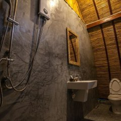 Отель Cicada Lanta Resort Таиланд, Ланта - отзывы, цены и фото номеров - забронировать отель Cicada Lanta Resort онлайн ванная