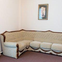 Гостиница Дворянская в Кургане 1 отзыв об отеле, цены и фото номеров - забронировать гостиницу Дворянская онлайн Курган комната для гостей фото 3