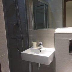 Отель Leisure Inn ванная фото 2