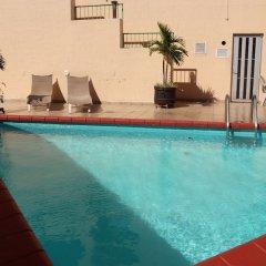 Отель Howard Johnson Plaza Las Torres Гвадалахара бассейн фото 3