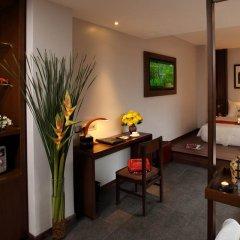 Silverland Sakyo Hotel & Spa сейф в номере