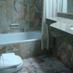 Отель Sapphirtel Inn Бангкок ванная фото 2