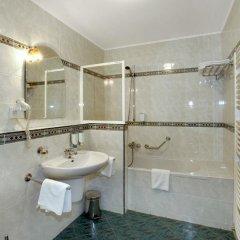Отель Sant Georg Garni Чехия, Марианске-Лазне - отзывы, цены и фото номеров - забронировать отель Sant Georg Garni онлайн ванная