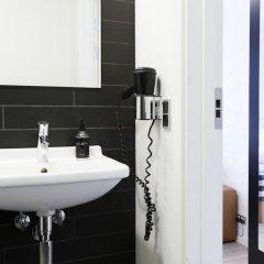 Отель City Hotel Oasia Дания, Орхус - отзывы, цены и фото номеров - забронировать отель City Hotel Oasia онлайн ванная фото 2