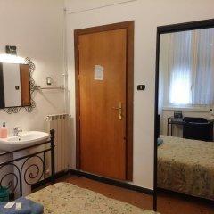 Отель Albergo Astro Италия, Генуя - отзывы, цены и фото номеров - забронировать отель Albergo Astro онлайн ванная фото 2