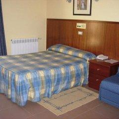 Отель Pensió La Creu комната для гостей фото 3
